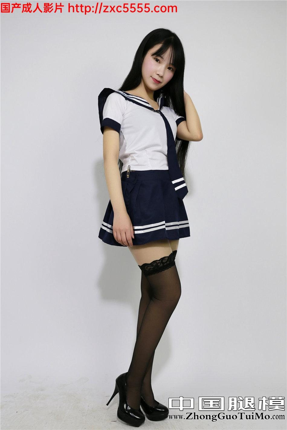 黑腿丝短裙美女_中国腿模制服黑丝高跟小短裙写真【36P】_丝袜诱惑-